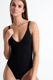Shan Intemporel The perfect one-piece